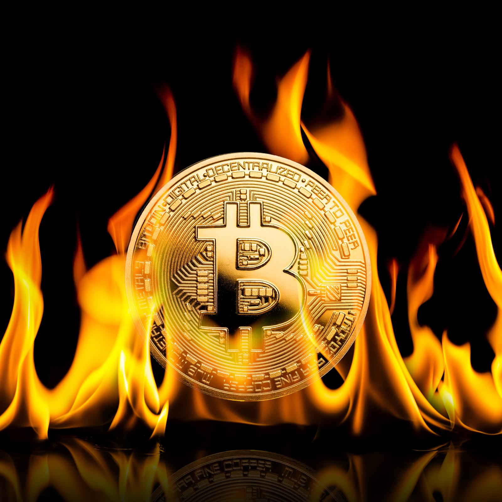 The Daily: Crashing Crypto Trader Shares Advice, Bitcoin Bandit Extradited
