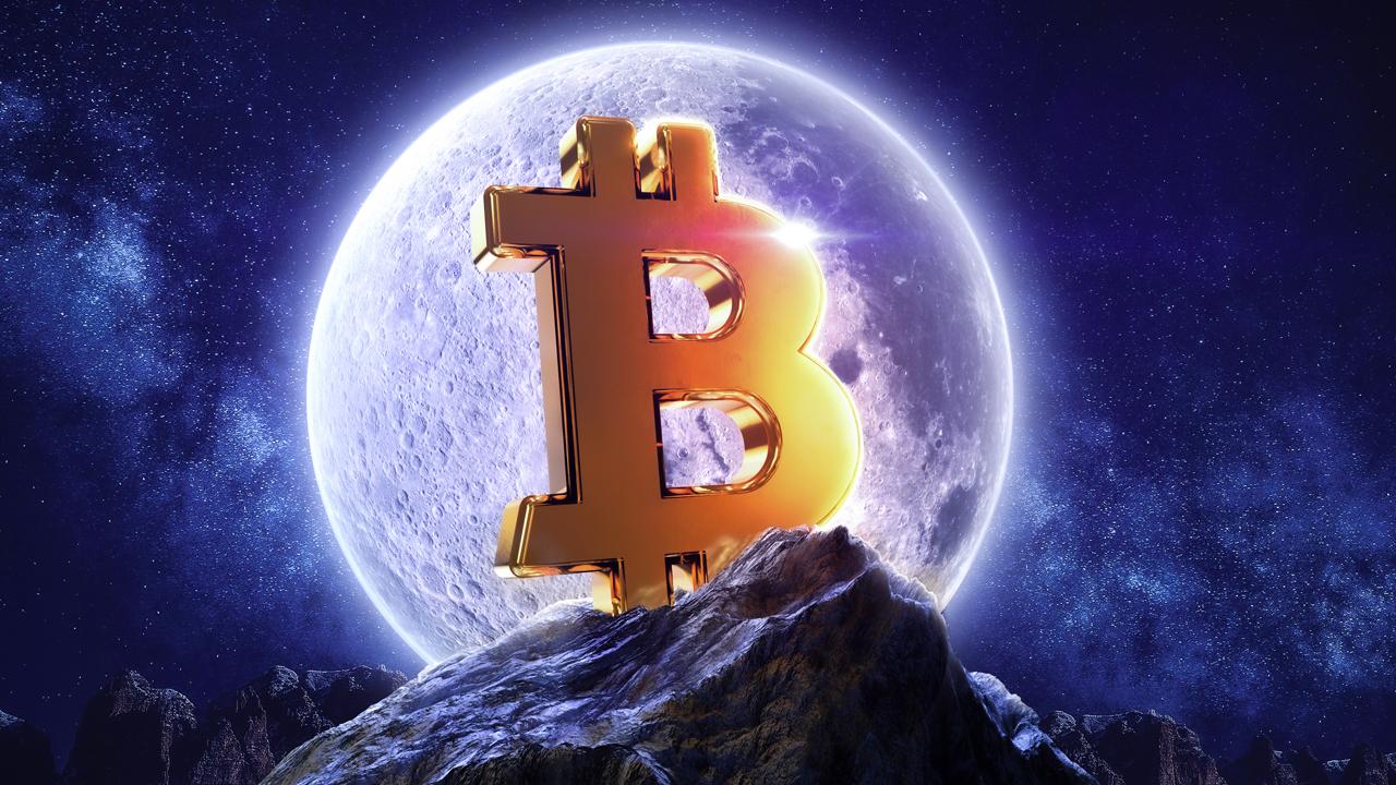 Bitcoin price breaks $11K, crypto traders optimistic of BTC breaking $11K